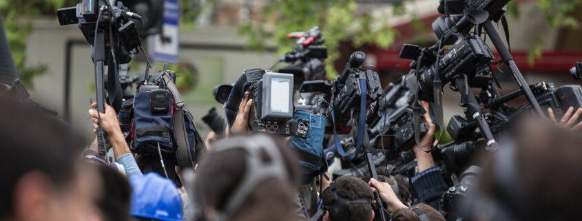 press camera the crowd journalist